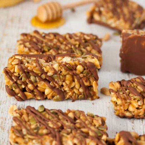 These Peanut Butter Chocolate Peanut Bars are sweet, crunchy and totally morish.