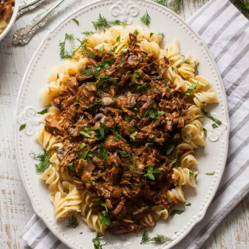 Slow Cooker Beef Stroganoff recipe by Sugar Salt Magic. A delicious slow cooked version of the old favourite Beef Stroganoff recipe. Very easy wonderful comfort food.
