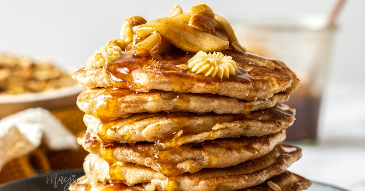 A delicious Apple Cinnamon Pancakes recipe with Quick Maple Granola and Whipped Maple Butter for a special breakfast treat. #pancakes #apples
