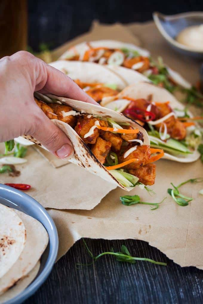 Korean Spicy Chicken Tacos - Punchy Korean flavours combine to make these Korean Spicy Chicken Tacos an easy weeknight dinner for your family or a great party dish.